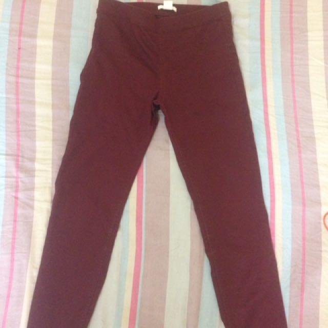 H&M Jeans Merah Marun