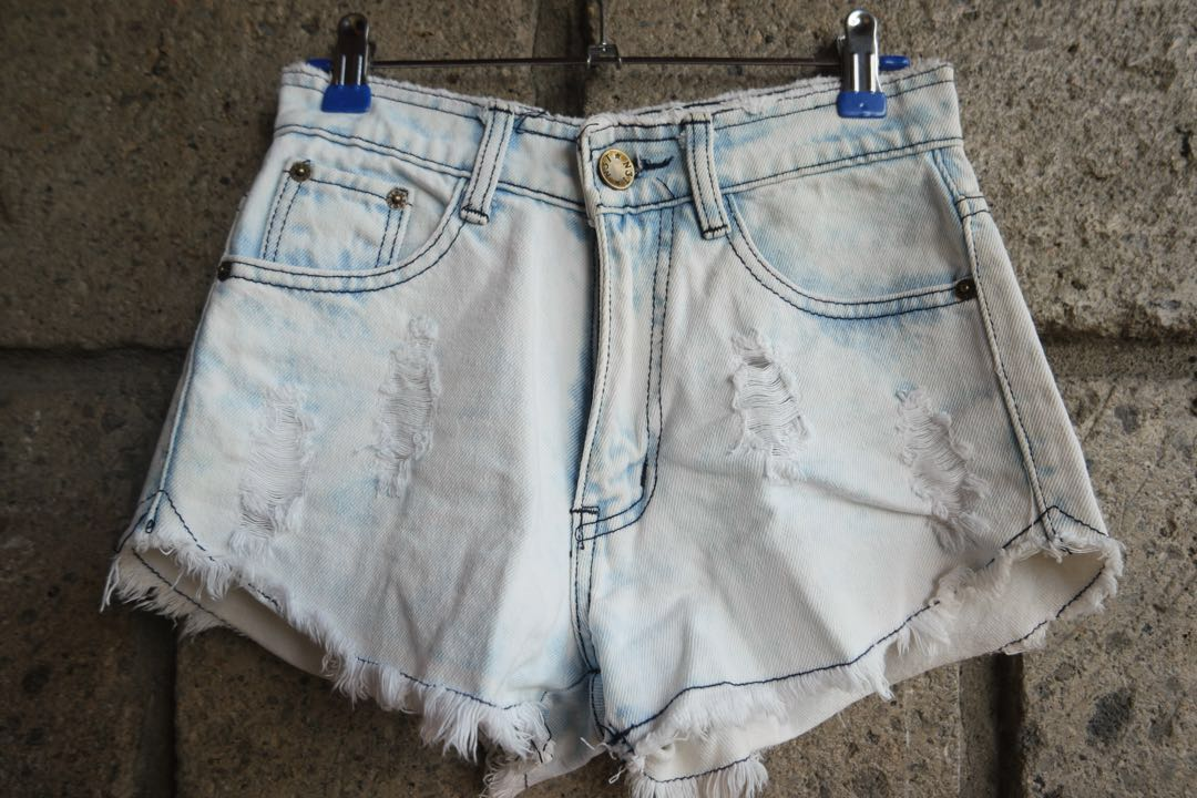 HW Denim Acid Wash Shorts (4)