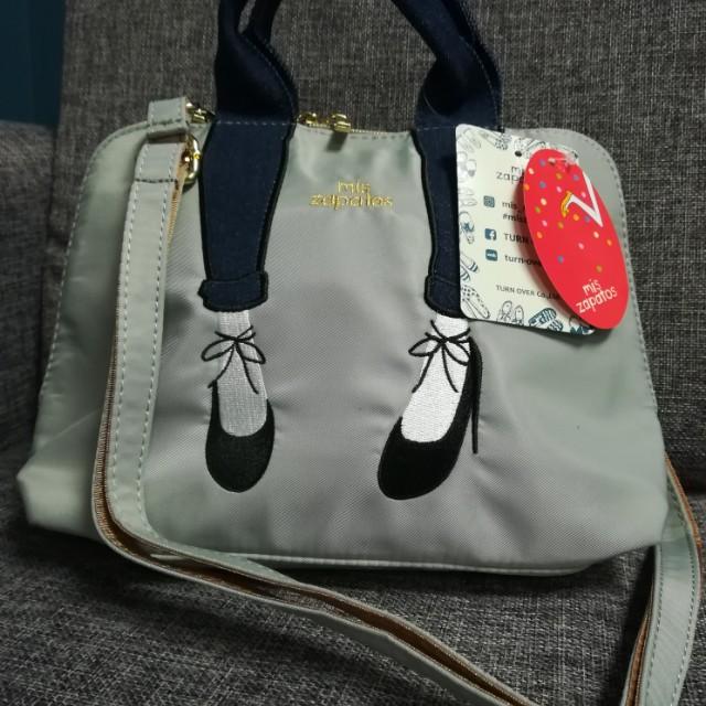 Mis Zapatos Sling Bag