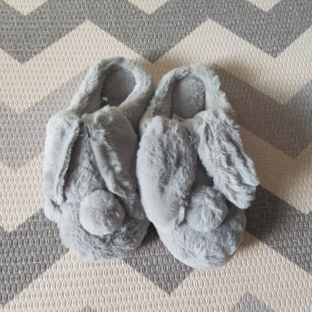 NEW! Sendal Fur Rabbit sz 38