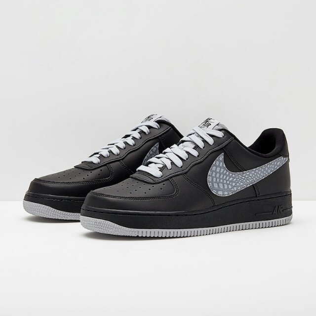 hot sale online fcf17 e69c6 Nike Air Force 1 07 LV8, Men's Fashion, Footwear, Sneakers on Carousell