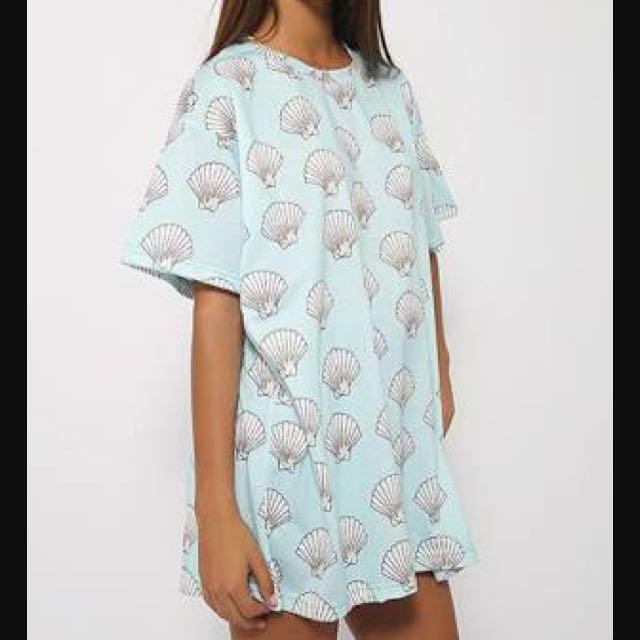 OMighty Mermaid Shells Tshirt Dress