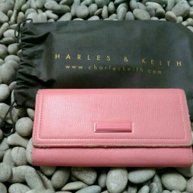 #reprice dompet charles & keith