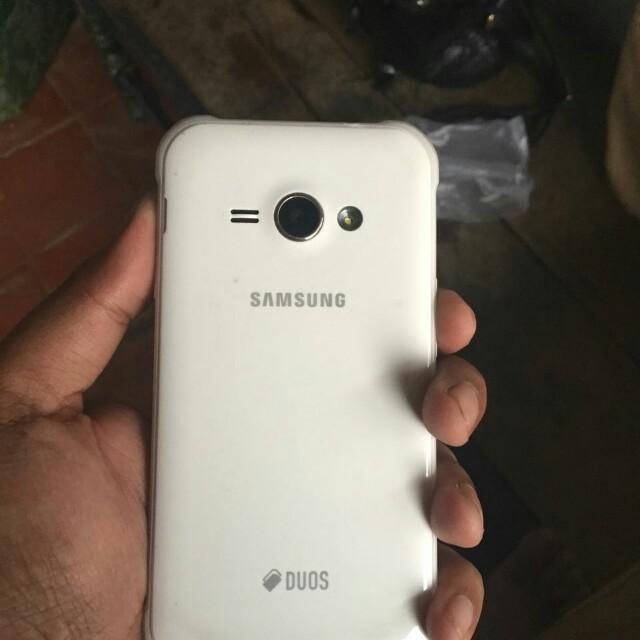 Samsung j1 4g.