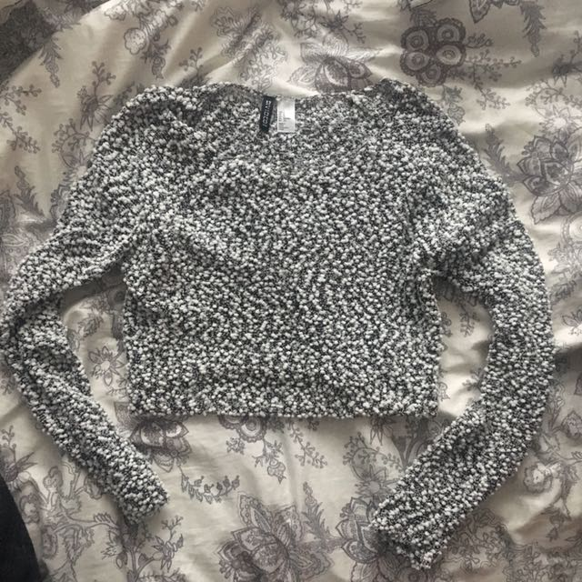 Small H&m Cropped Grey Sweater