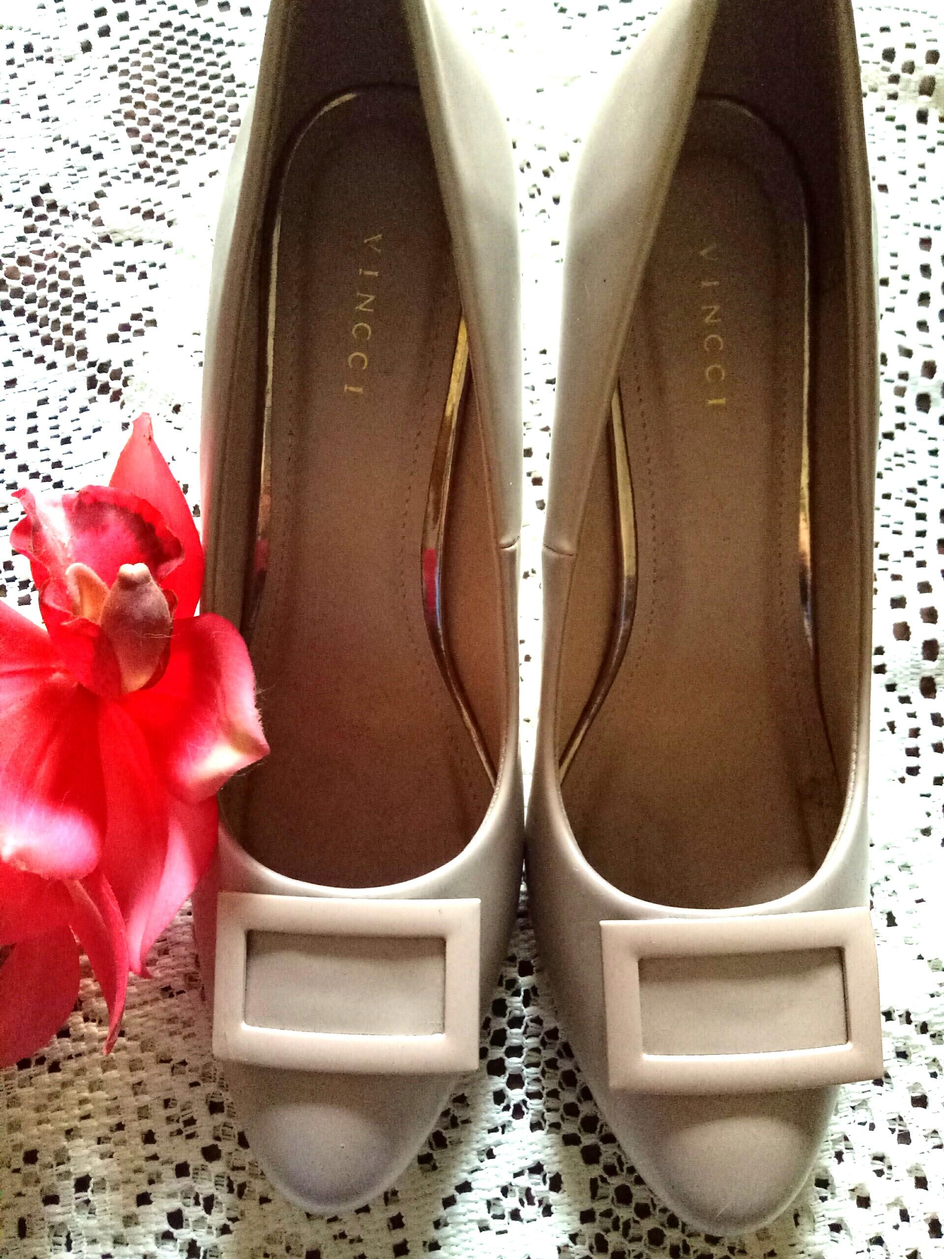 c4441ba4 VINCCI Heels, Women's Fashion, Shoes on Carousell