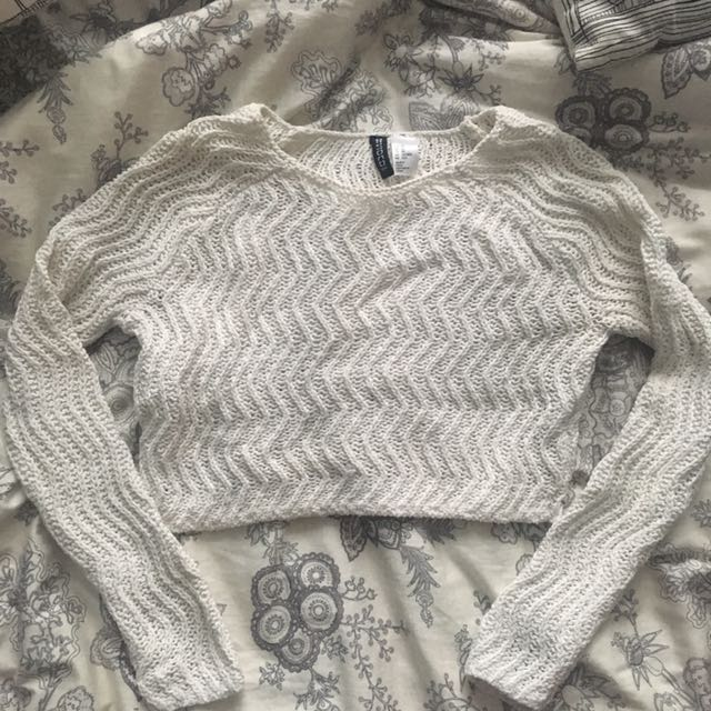 Xs H&m White Cropped Sweater