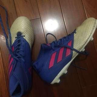 Adidas ace football boot