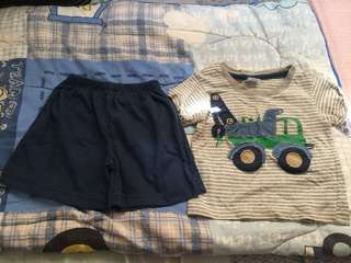 Baby boy's top and shorts terno