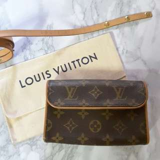 Louis Vuitton LV Pochette Florentine bag