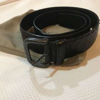 Bottega CALF BELT. A calf Leather Classic Casual Belt - DARK BROWN