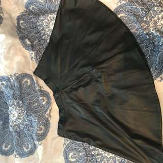 American apparel skater skirt L