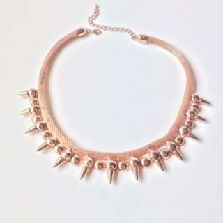 TOPSHOP Spiky Necklace