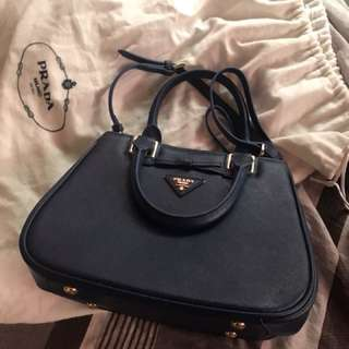 Prada bag with flaw