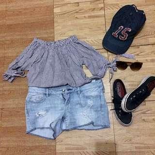 Offshoulder Striped Loose Top and Garage Light Denim Flirty Shorts
