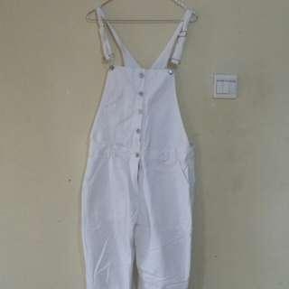 jumpsuit files putih