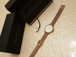 Authentic Brand New Daniel Wellington Melrose