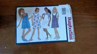 1996 Pattern 4465 Busybodies by Butterick