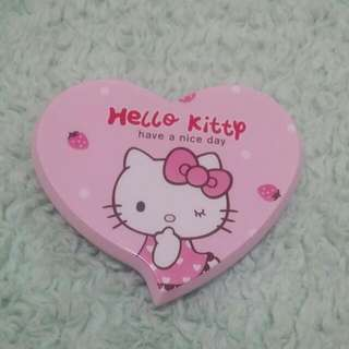 Hello Kitty 鏡連梳