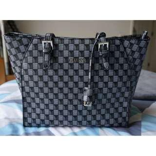 Guess bag / authentic