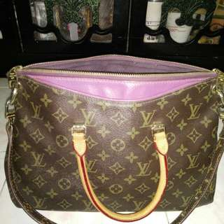 Price Reduced LV Pallas