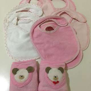 7 pcs  baby bips + knee guard. .