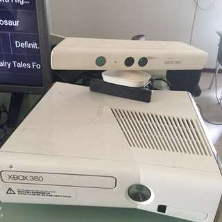 XBOX 360 slim + kinnect