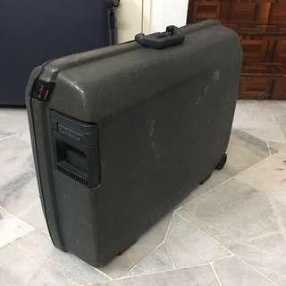 Samsonite Luggage Bag - Vintage