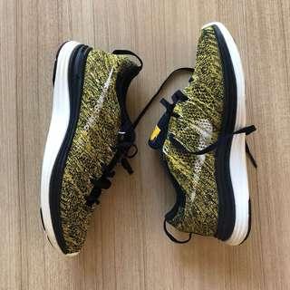 Nike Flyknits womens