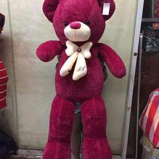 HUGGABLE 5ft TEDDY BEAR
