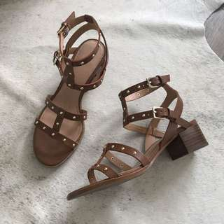 Aldo Leather Sandals (size 8)