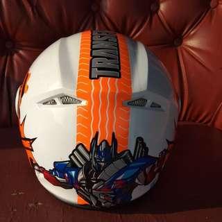 Helm anak gambar Transformers merk GM
