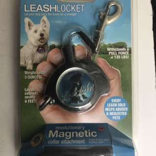 Leash Locket Retractable Leash for small medium dogs up to 55lbs