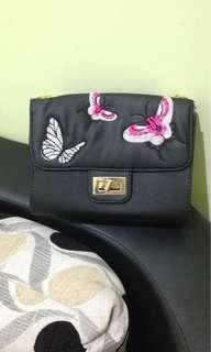 Anne bag sling bag