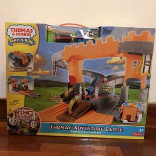 🆕Authentic Thomas' Take-n-Play Adventure Castle Set