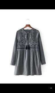 Europe and the United States new loose was thin long sleeve embroidery tassel lace dress
