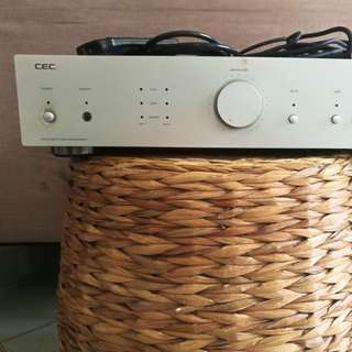 REPRICED 40K to 33K!! CEC Audiophile Amplifier AMP3300R 110V with XLR cables and remote control