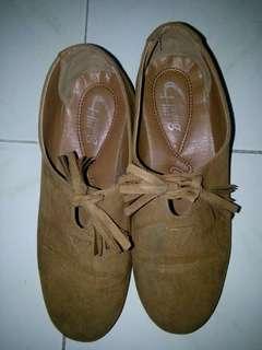 Boho brown suede shoes