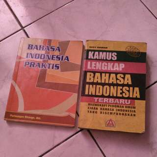 Buku bahasa indonesia dan kamus bahasa indonesia