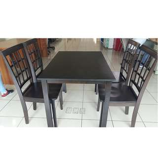 4 seater rubber wood dining set tailee ds-305