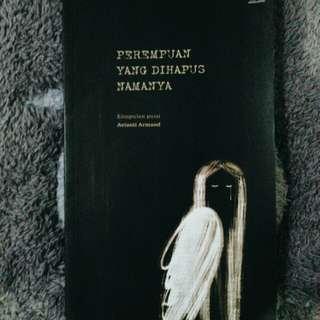 Buku puisi perempuan yang dihapus namanya