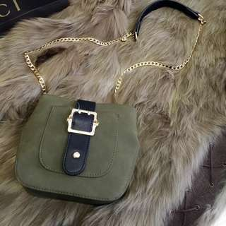 SUPER SALE - Tas Pull & Bear Green Garsiv