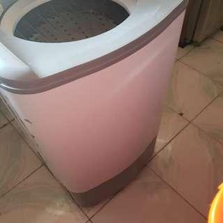 Fujidenzo Spin Dryer 6.8kg