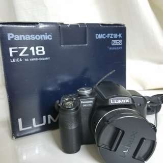 Panasonic Lumix FX18 (18x Zoom) Compact Camera