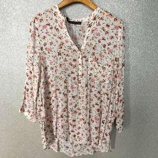Zara Floral Print V-neck Shirt Blouse with Buttons / Zara Top