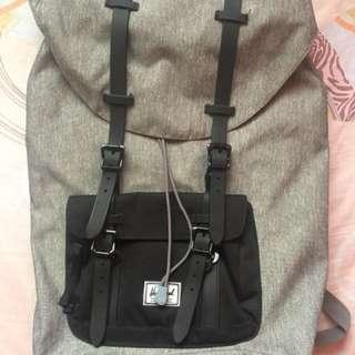 Herschel Bag ❤️