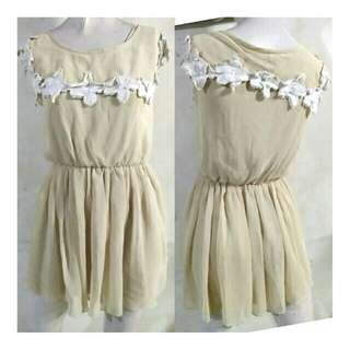 SALE preloved classy nude chiffon short dress with collar