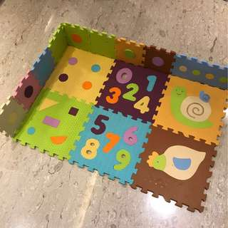 (Free courier) Preloved Touch & Learning Puzzle Mat