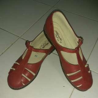 Flat shoes dan mini wedges