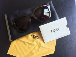 sunglasses fendy